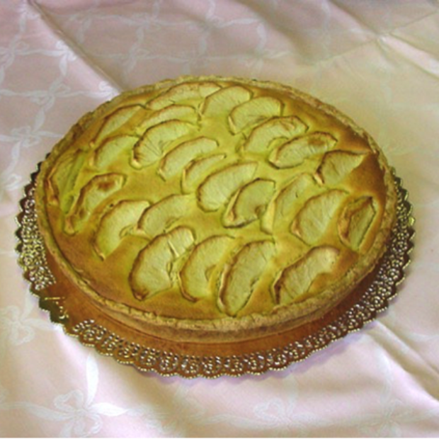 Apple and Almonds Cake